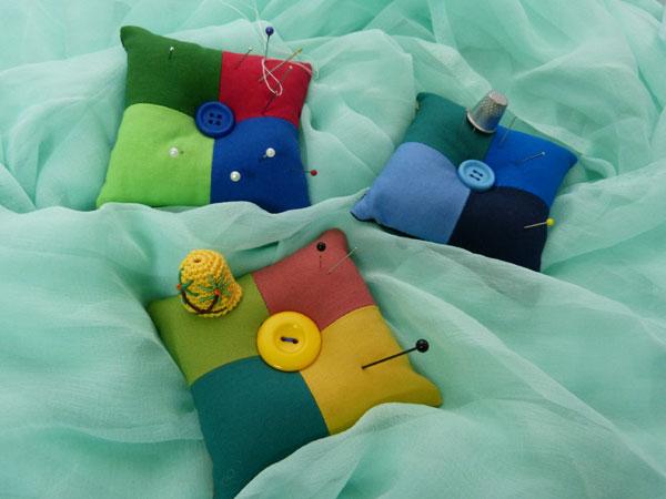 Alfileteros de colores, ejercicio práctico de curso intensivo de coser a maquina nivel 1.