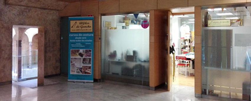 Local de Alfiler de Gancho, cursos de costura en zaragoza